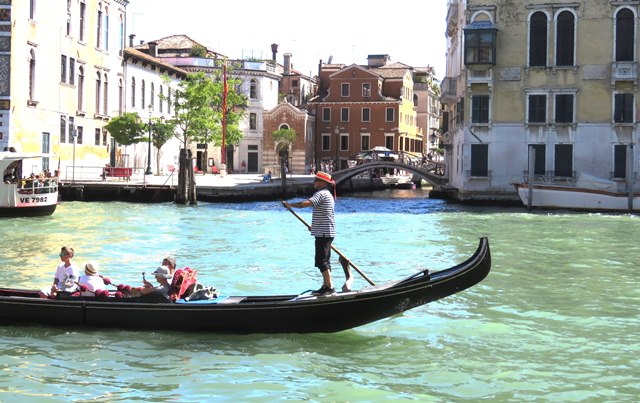 gondolas are expensive in Venice, but the great views are free